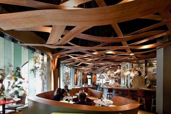 融合日本和巴西文化的饭店设计案例